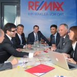 Remax Team Besprechung