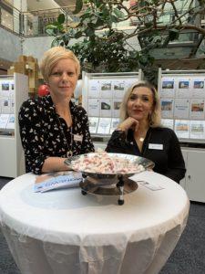 Remax Stand im DEZ mit Sabriye Atas und Daniela Hecker