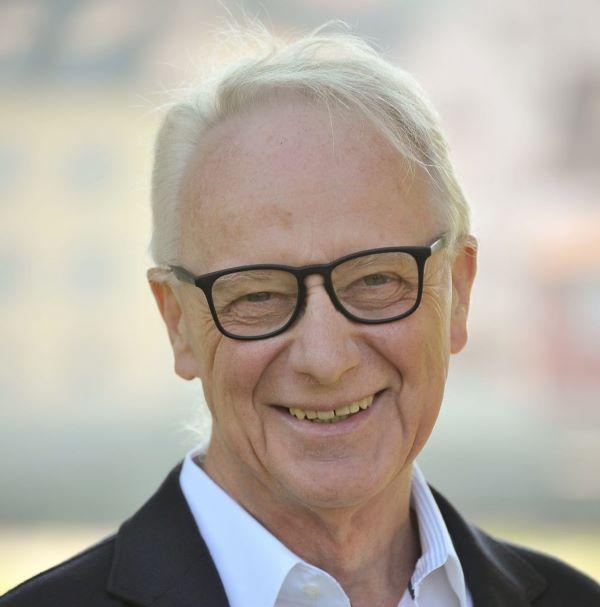 Dr. Werner Gross